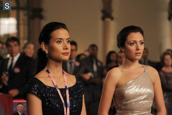File:Chasing Life - Episode 1.04 - I'll Sleep When I'm Dead - Promotional Photos (2) 595 slogo.jpg