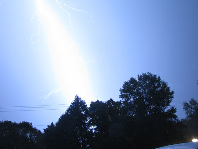 File:Lightning 2297 copy.jpg