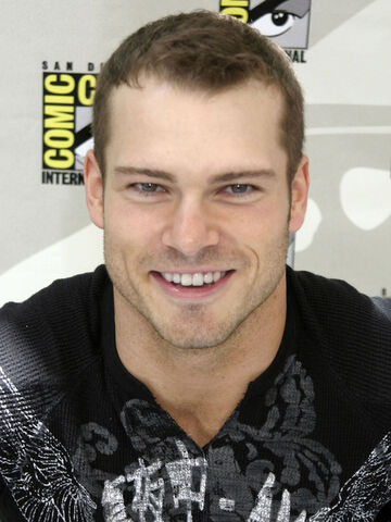 File:Shawn-roberts-1.jpg
