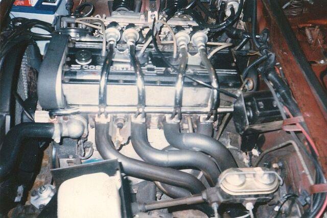 File:1976 Cosworth Vega engine.jpg