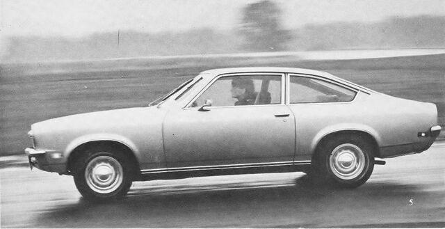 File:Vega Coupe RT Sept 1970 (2).jpg
