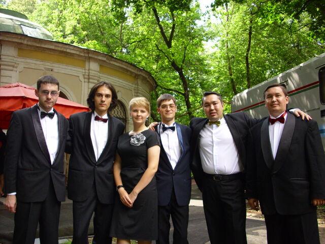 Файл:На съемках чгк-казахстанская версия в Москве.JPG