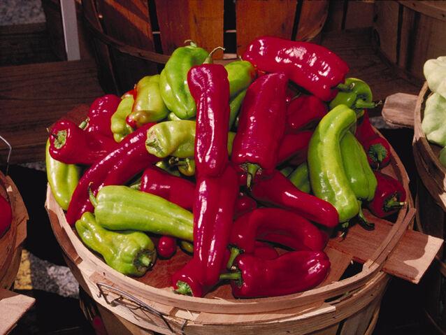 File:Cubanelle Peppers.jpg