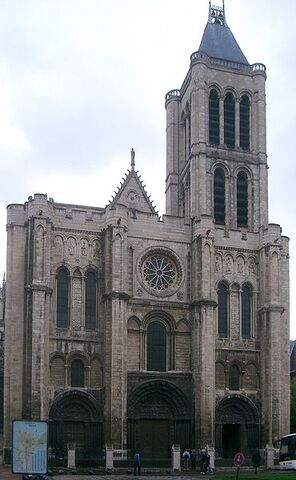 File:St. Denis Basilica in Paris.jpg