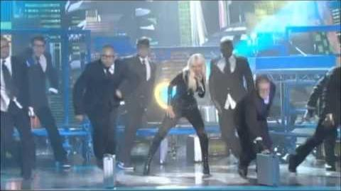 Christina Aguilera - Keeps Gettin' Better (Live Performance in HD)