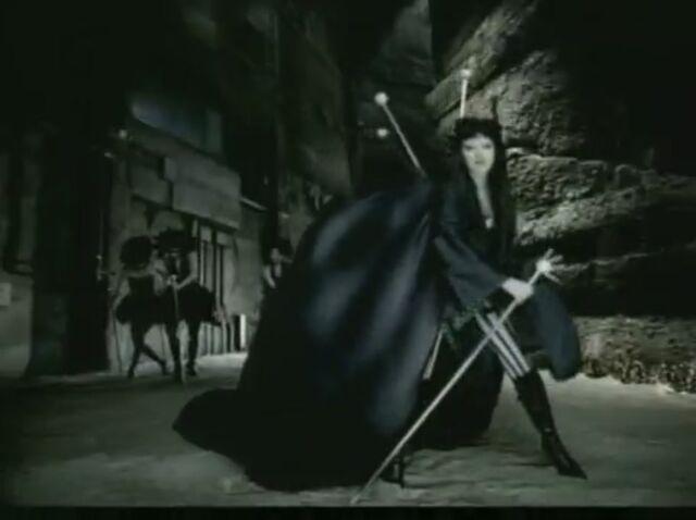 File:Fighter-Music-Video-christina-aguilera-26783864-911-680.jpg