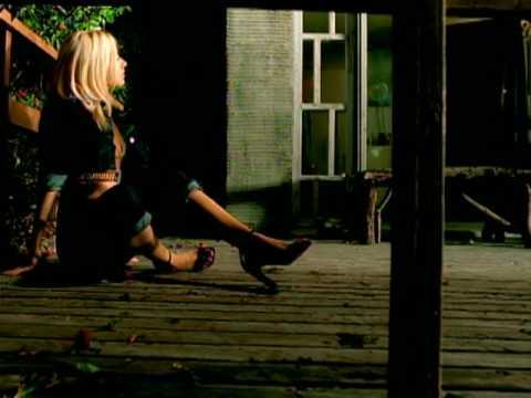 File:Christina-aguilera-genie-in-a-bottle-remix.jpg