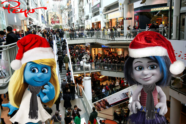 File:Vexy and Smurfette at the Mall on Boxing Day.jpg