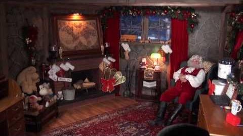 Santa Snooper Webcam Video 019 - Santa's Sneaky Elves