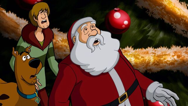 File:Santa with Shaggy and Scooby.jpg