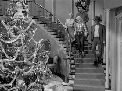 File:Christmas at the Clampetts.jpg