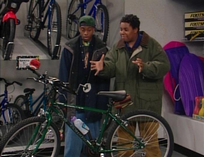File:Kenan and Kel at the bike store.jpg
