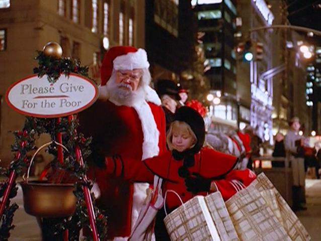 File:Eloise-at-christmastime-11.jpg