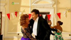 19x05 Strictly Chuckle