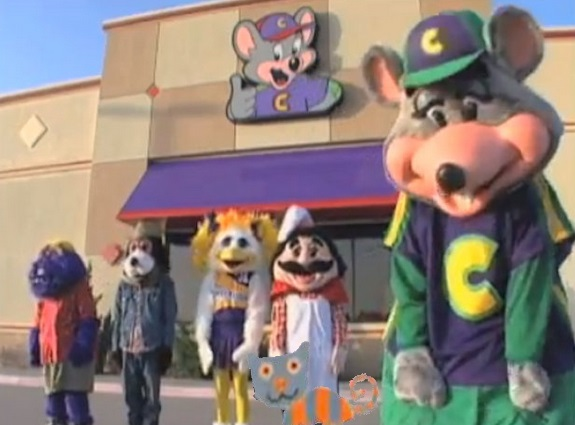 File:Chuck e cheese gang.jpg