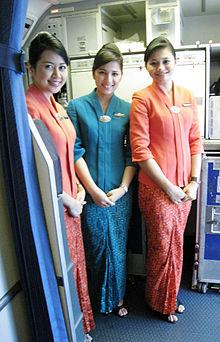 220px-Garuda Indonesia Flight Attendants in Kebaya