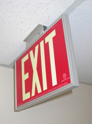 File:Everglow-exit-sign-3.jpg