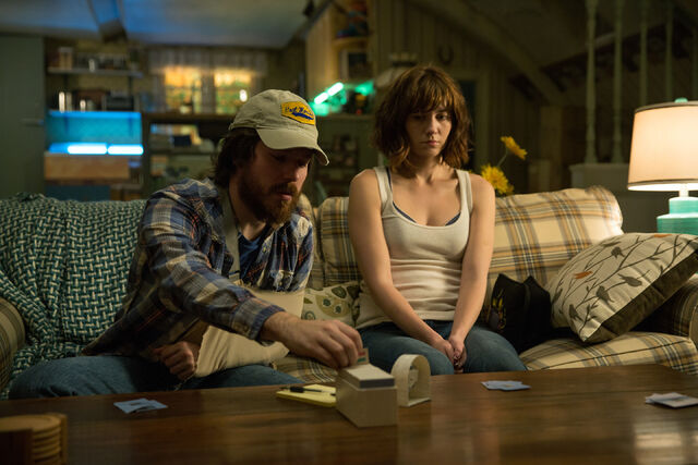 File:10 Cloverfield Lane promo 018.jpg