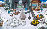 Penguin Cup construction Snow Forts