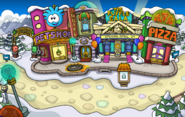 Puffle Party 2014 Plaza