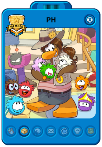 File:Puffle Handler Playercard (New).png