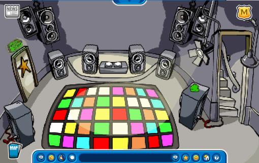 File:Night Club Fools'08.jpg
