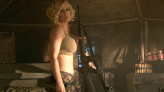 File:RA3 Tanya with rifles 3.jpg
