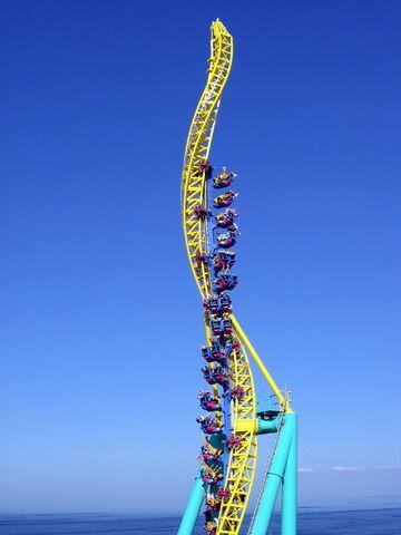 File:Wicked Twister01.jpg