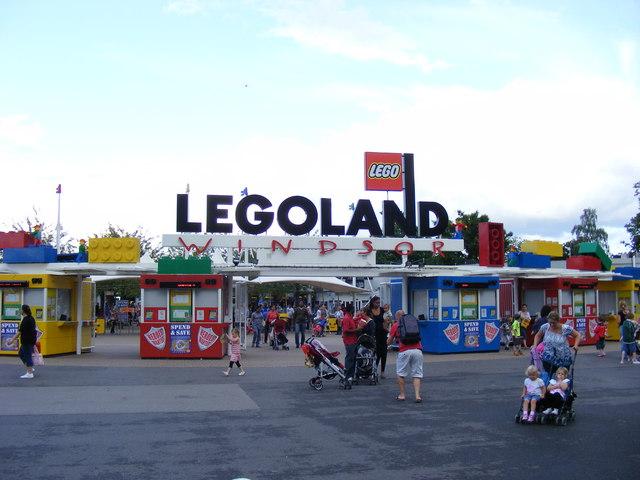 File:LegoWindsor1.jpg