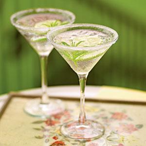 File:Gimlet cocktail.jpg