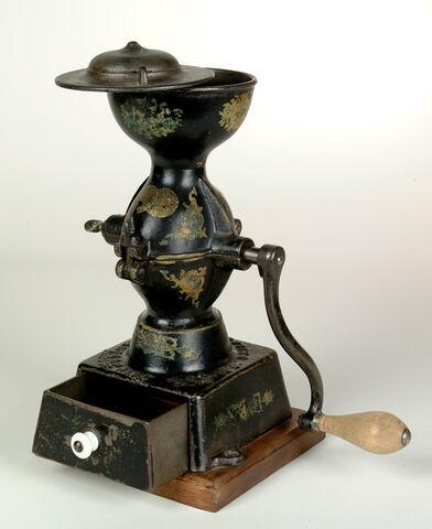 File:Hand crank coffeegrinder.jpg