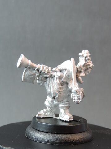 File:DEM070 Dwarf Bear Knights Musician left side.jpg