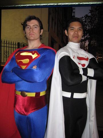 File:Cosplay-superman08.jpg
