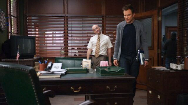 File:Jeff shown his new office.jpg