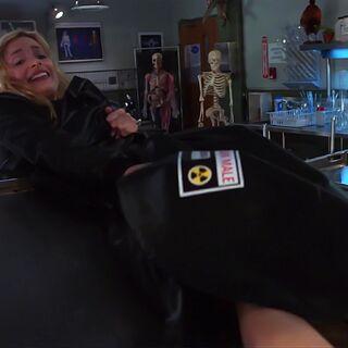 Britta losing the dead body.
