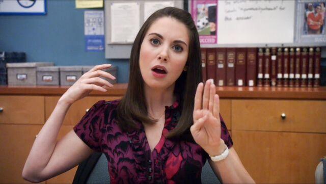 File:2x14 Annie uses four fingers.jpg