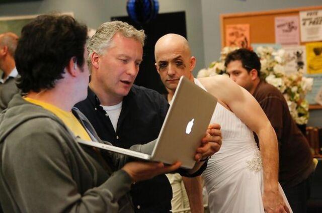 File:4X13 Behind the scenes photo 13.jpg