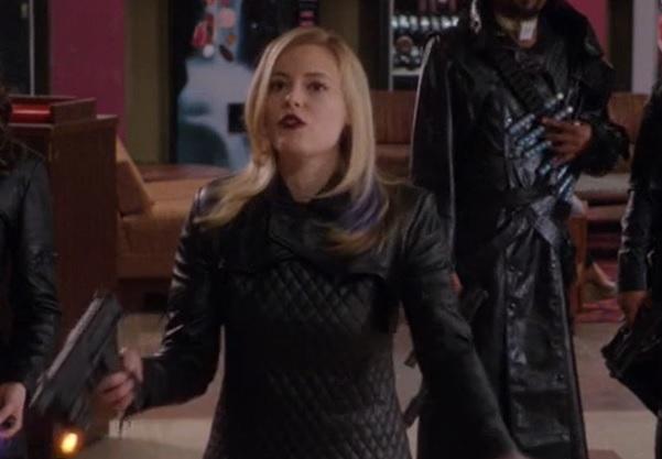 File:S04E13-Evil Britta bad explanation.jpg
