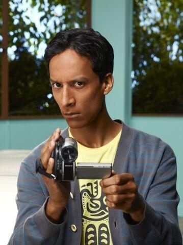 File:Danny-Pudi-as-Abed-community-15622818-449-600.jpg