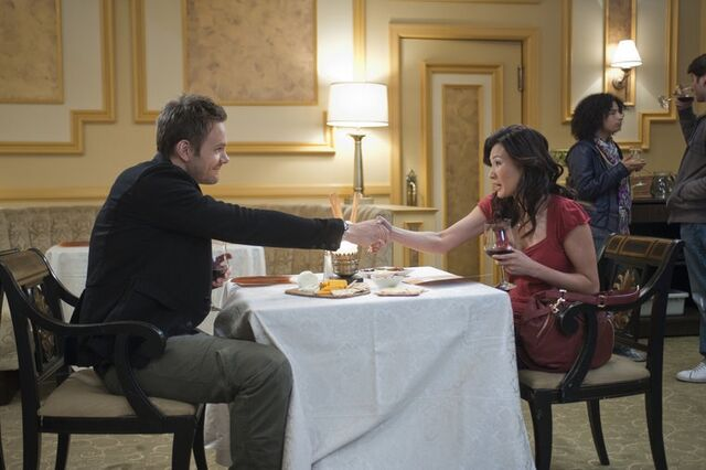 File:2x20 Promotional photo 4.jpg