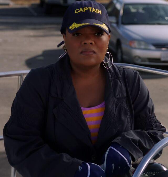 File:S01E19-Captain Shirley.jpg