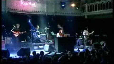 Kate Nash - Merry Happy - Live in Paradiso