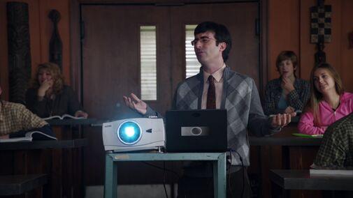 File:S02E05-Duncan projector.jpg