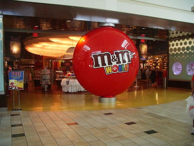 File:M&M's store.jpg