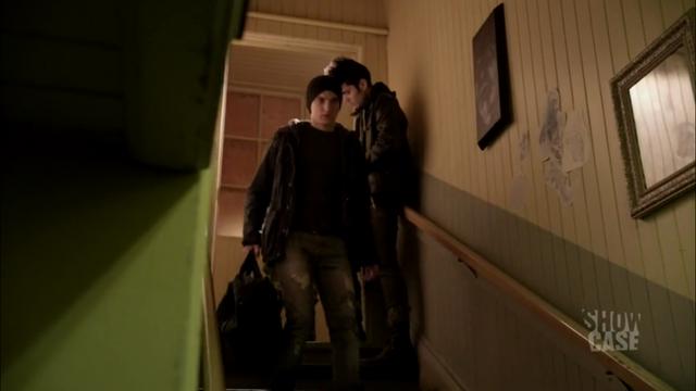 File:1x06 Julian 02.png