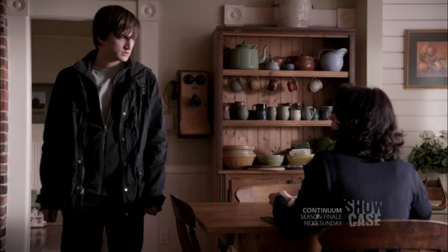 File:1x09 know what dad's doing.png