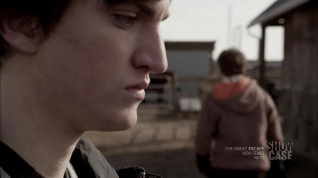 File:1x05 Julian & Alec 02.png