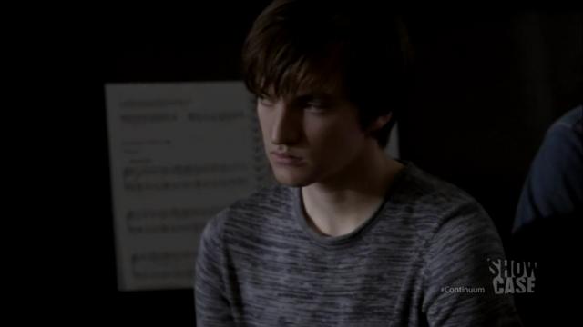 File:1x03 Julian 01.png