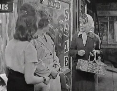 File:Outside gamma garments 1962.jpg