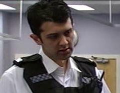File:Police Officer (Episode 6835).jpg